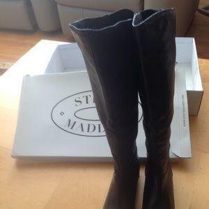 STEVE MADDEN 6.5B Black knee high leather boots